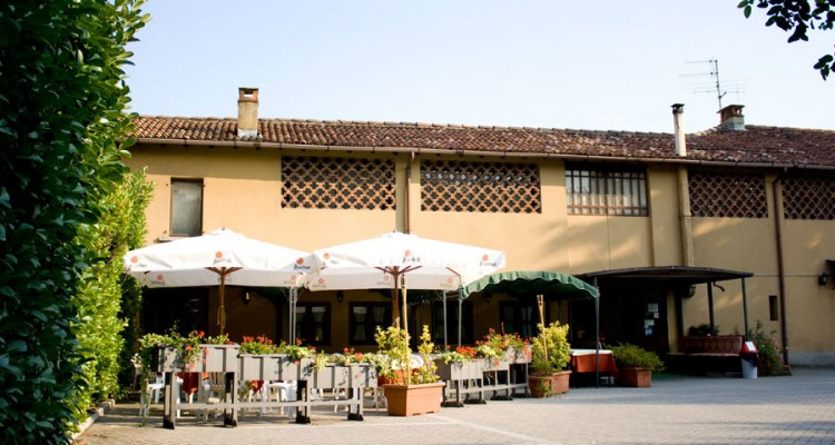 La-Cascina-ristorante-pizzeria-Como