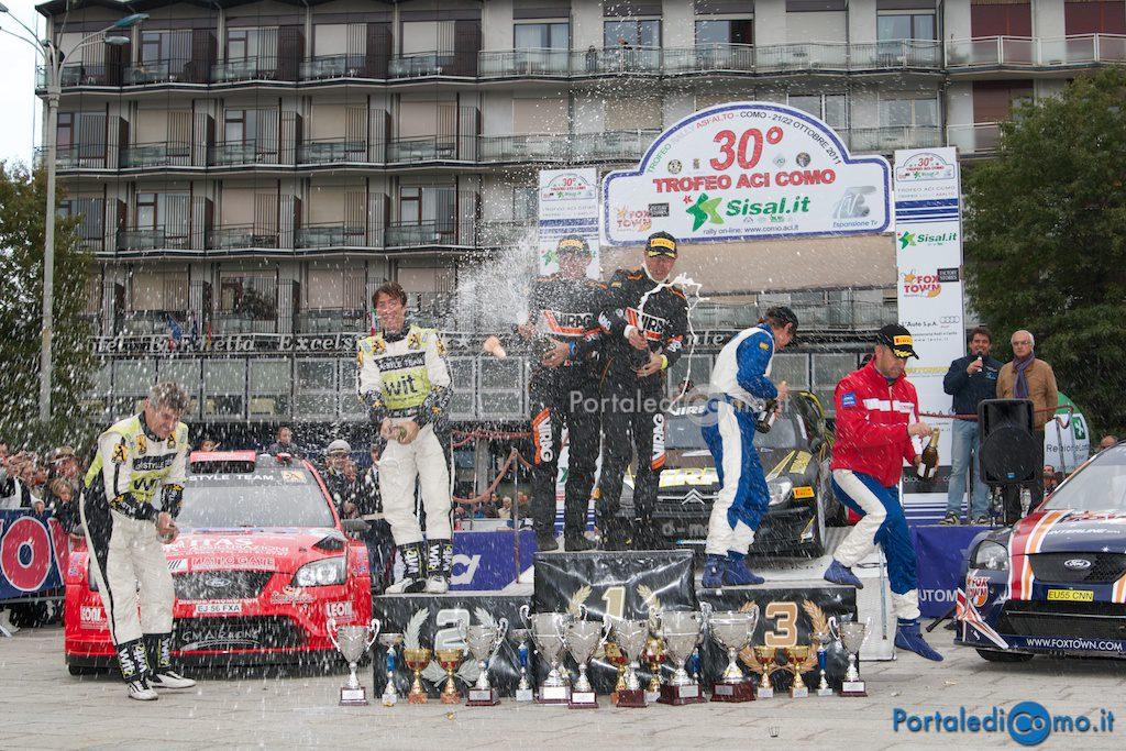 FOTO – Rally di Como 2011 premiazioni Piazza Cavour