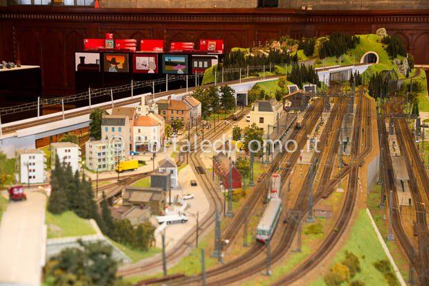 Mostra treni Rivarossi Broletto Como-2