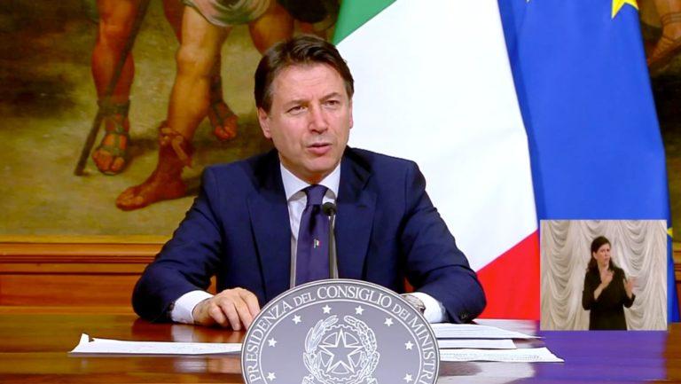 Conte comunica il nuovo DPCM. Parte la Fase 2 per l'Italia