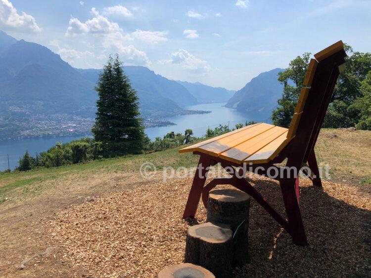 panchina gigante lago di Como Bellagio Civenna 2
