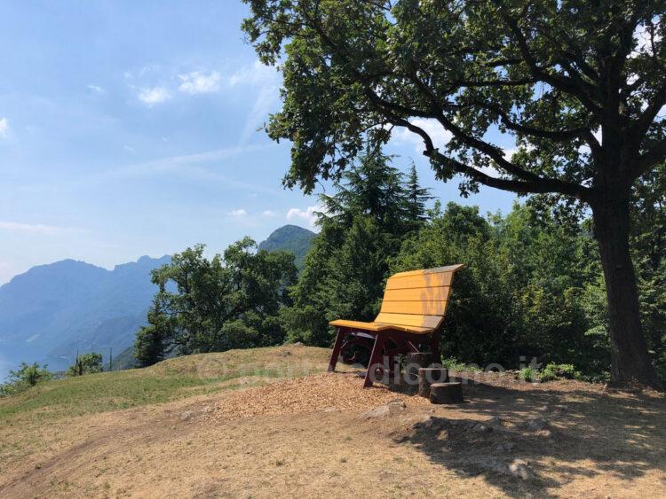 panchina gigante lago di Como Bellagio Civenna 4