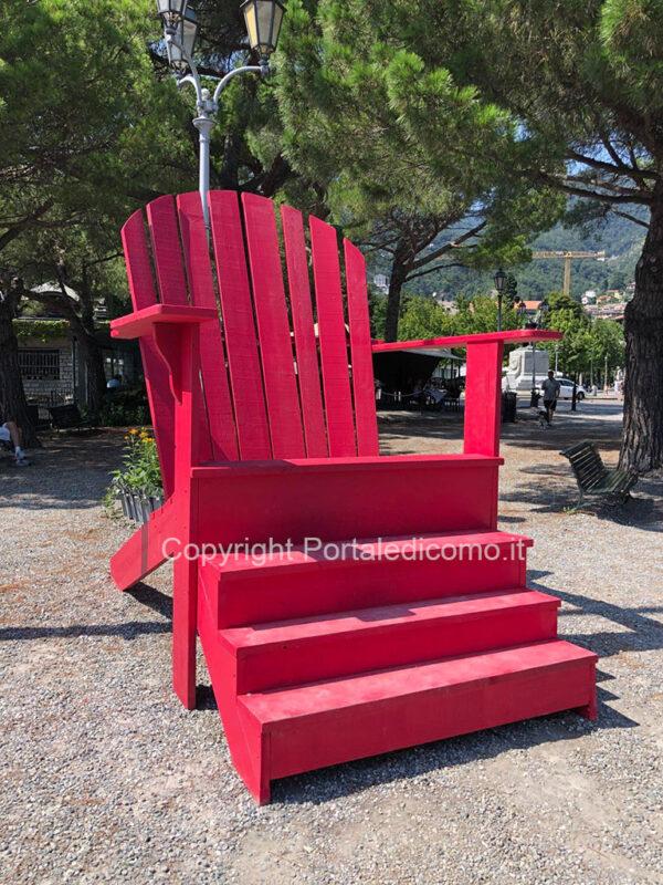 Delenimentum sedia rossa Cernobbio Como Orticolario